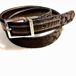 "Coach Women's Reversible Belt Size Small 30"""